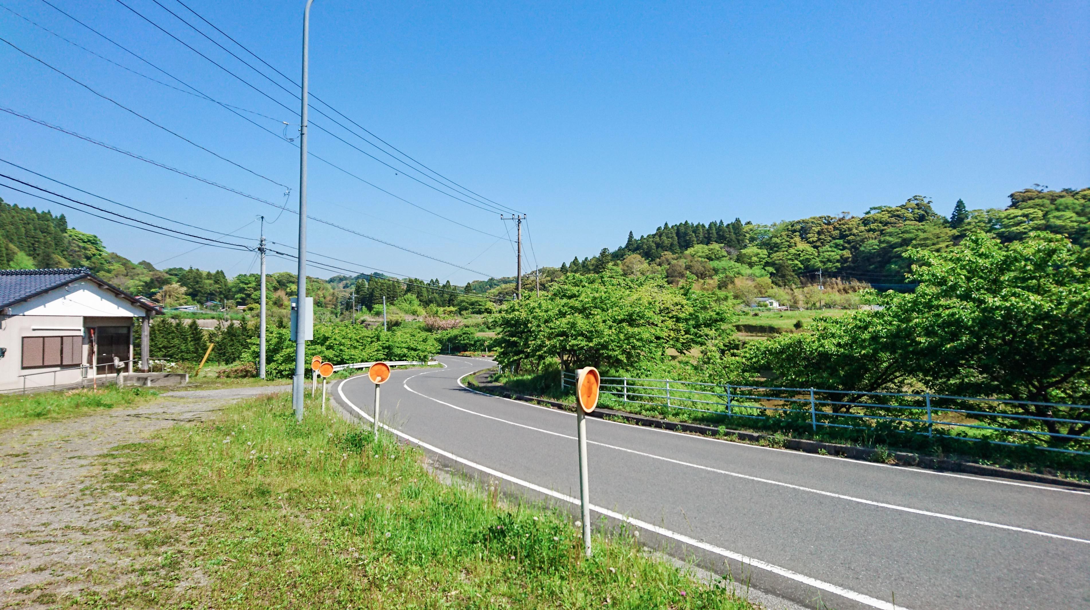 県道177号の景観。